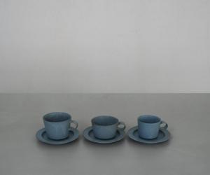 "yumiko iihoshi porcelain ""unjour"" カップ smoke blue"