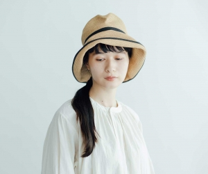 mature ha. BOXED HAT 11cm brim switch color line ミックスブラウン×ブラック