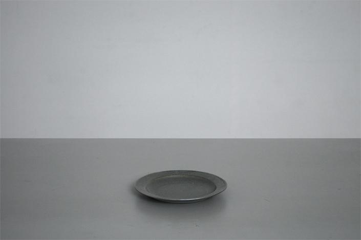 """yumiko iihoshi porcelain""""OXYMORON""""プレート(M)"""