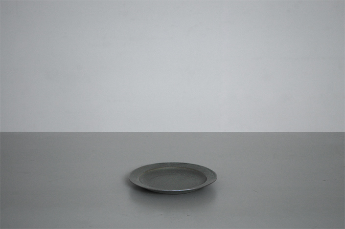 """yumiko iihoshi porcelain""""OXYMORON""""プレート(S)"""