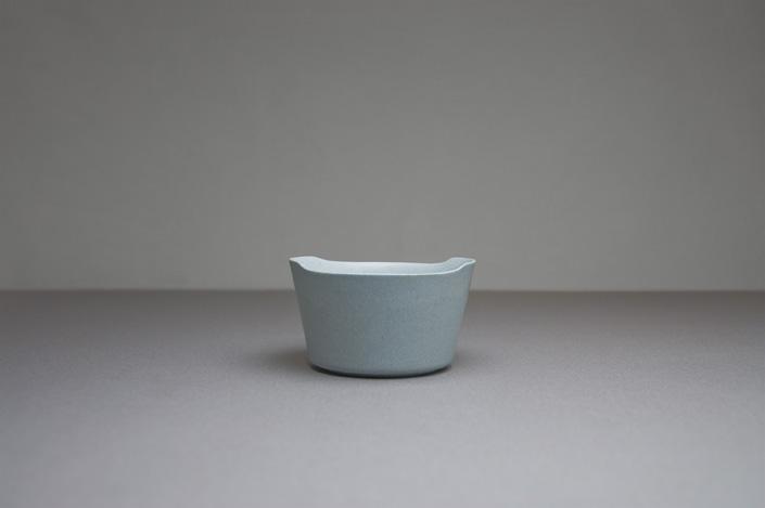 "yumiko iihoshi porcelain ""unjour"" matin ボウル(M) smoke blue"