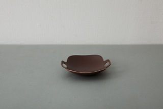 """yumiko iihoshi porcelain """"bon voyage"""" プレート(S)brown<br />[廃番のため在庫限り]"""