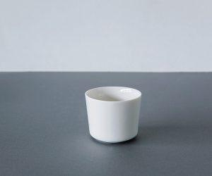 "yumiko iihoshi porcelain ""unjour"" nuit ハンドルなしカップ ivory(つやあり)"