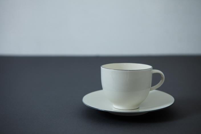 yumiko iihoshi porcelain OXYMORON II coffee cup gray line