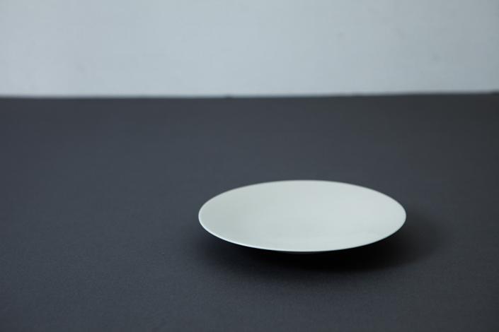 yumiko iihoshi porcelain OXYMORON II soucer ivory