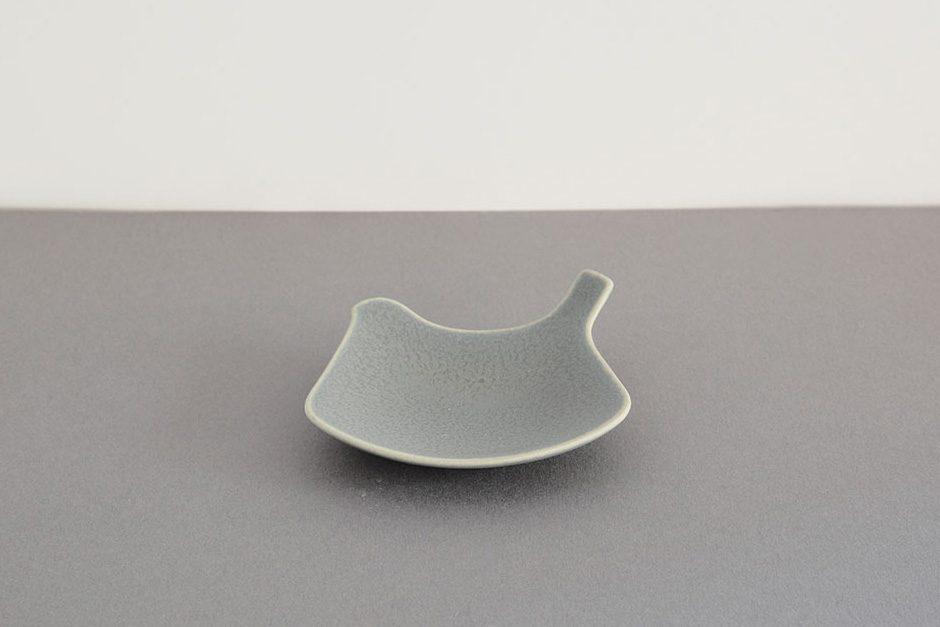 yumiko iihoshi porcelain tori プレート moku【生産終了のため在庫限り】