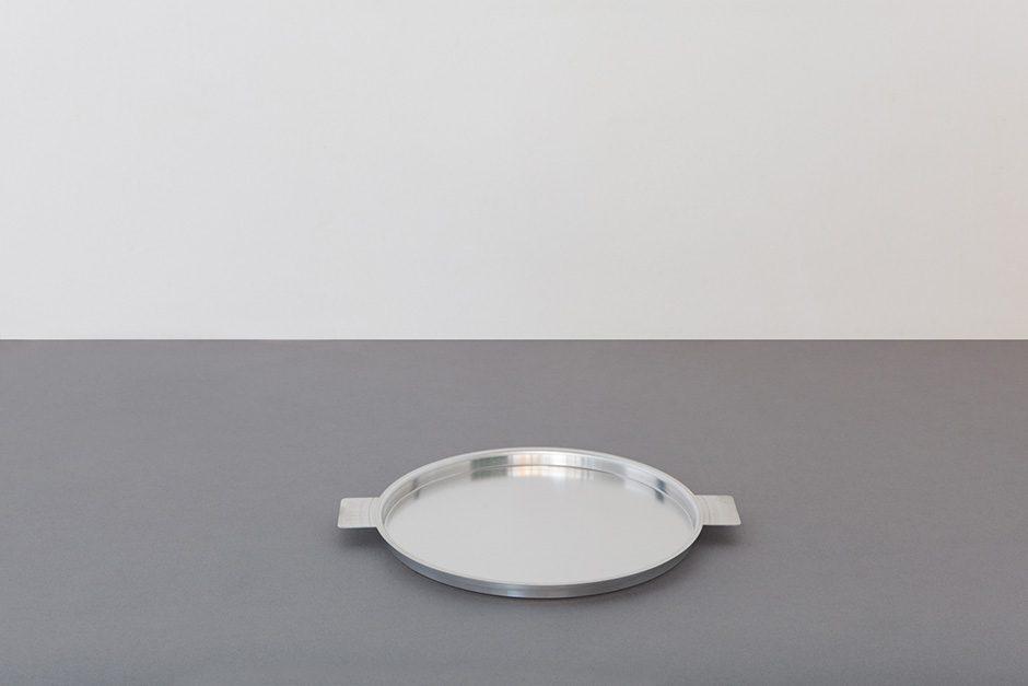 yumiko iihoshi porcelain アルミトレー ラウンド