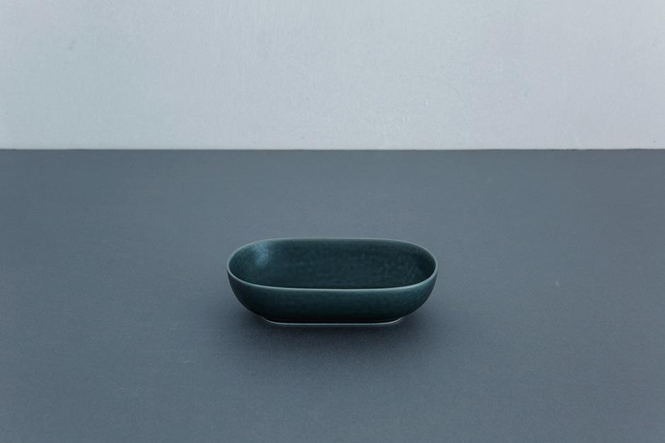 yumiko iihoshi porcelain ReIRABO オーバルプレート winter night gray