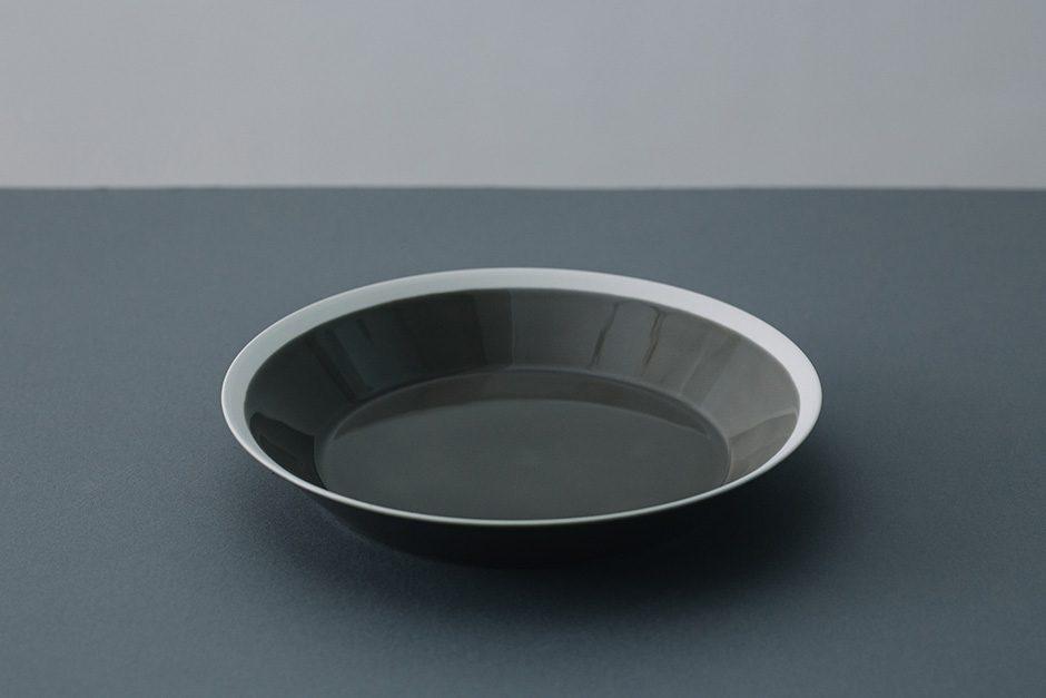 yumiko iihoshi porcelain dishes plate fawn brown