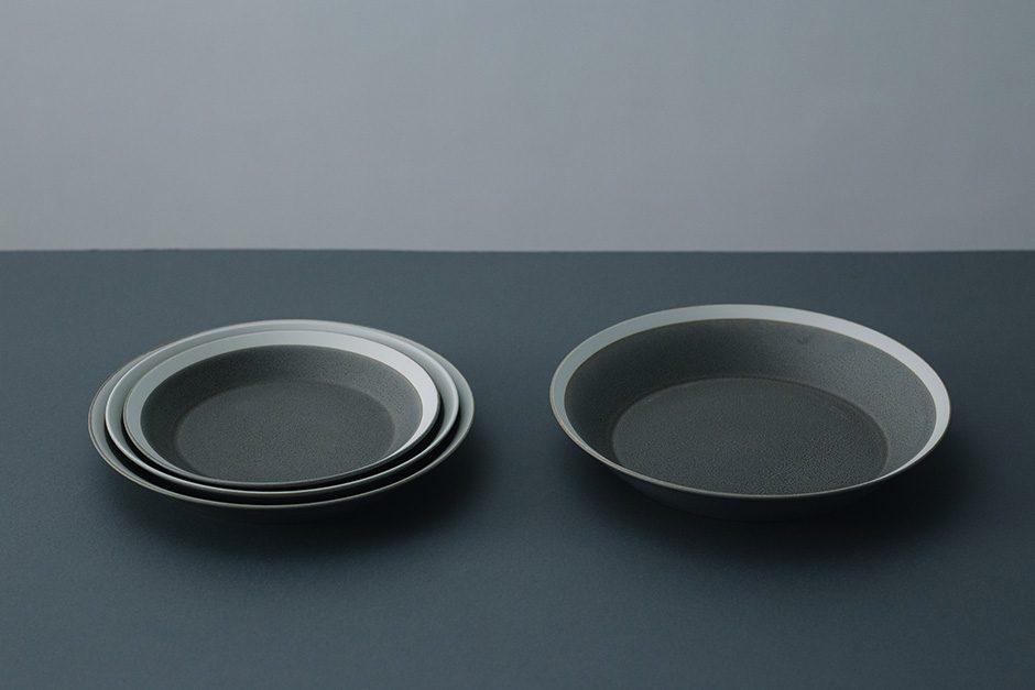 yumiko iihoshi porcelain dishes plate moss gray / matte