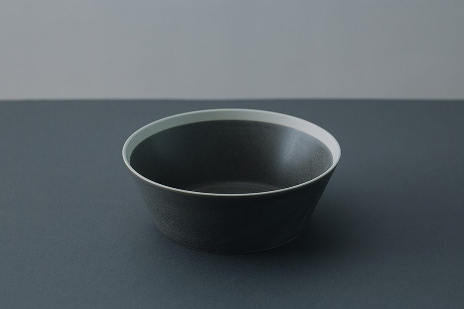 yumiko iihoshi porcelain dishes bowl moss gray / matte