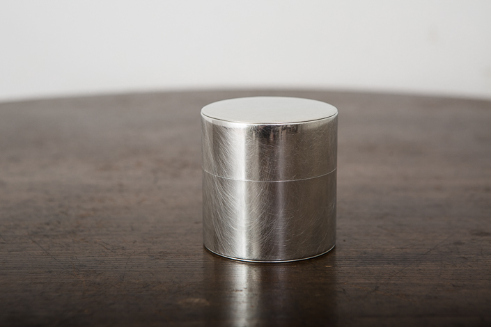 SyuRo 丸缶(小)