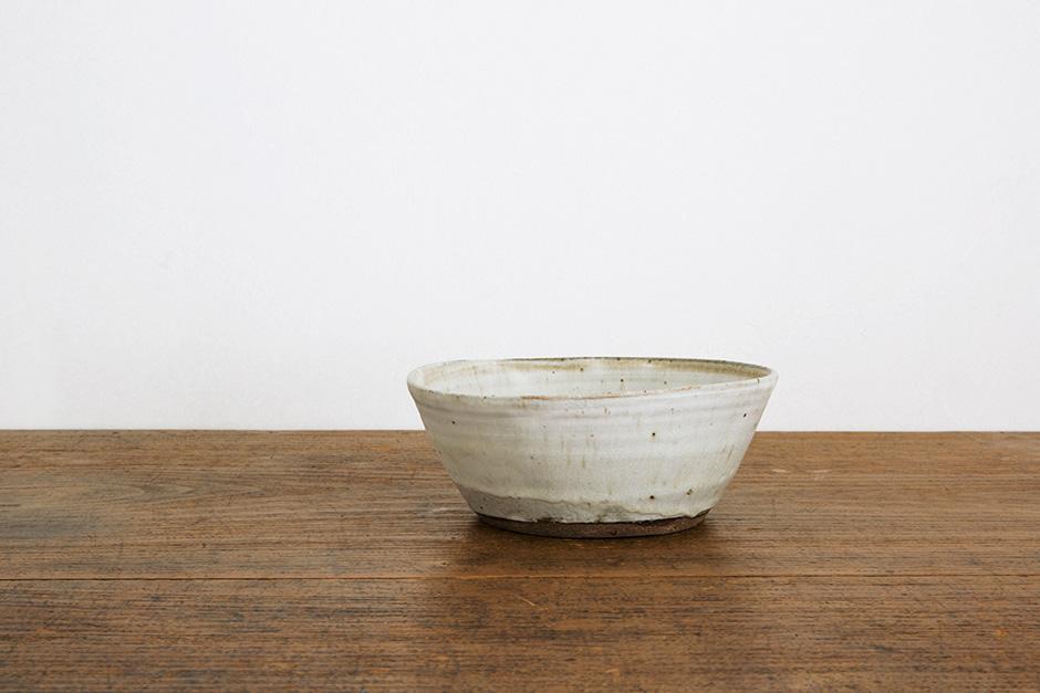 広川絵麻 5寸鉢 白 (高台なし)