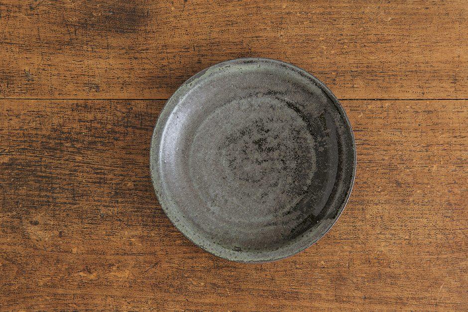 広川絵麻 7寸リム皿 黒