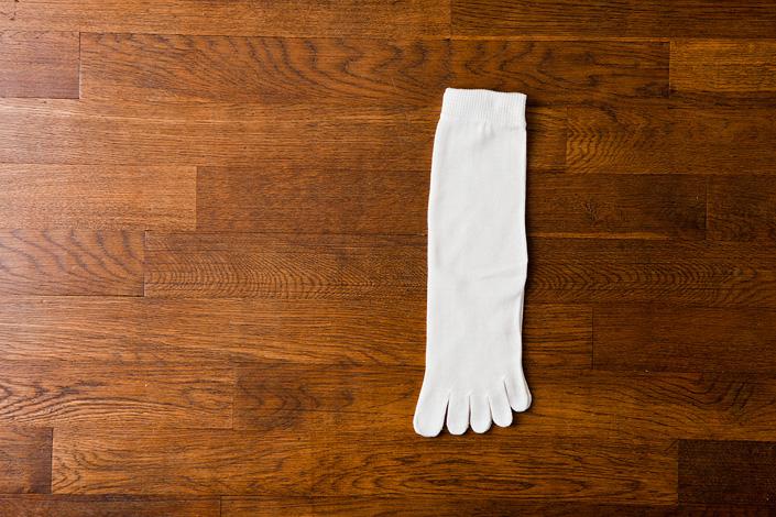 うさぎの会 絹上質5本指靴下