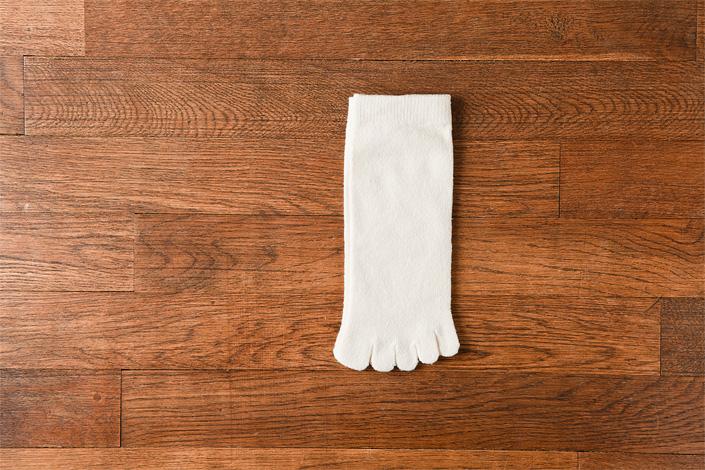 うさぎの会 絹くずまゆ子供用5本指靴下