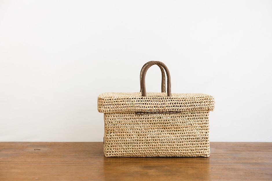 warang wayan 蓋つき革手バスケット ブラウン