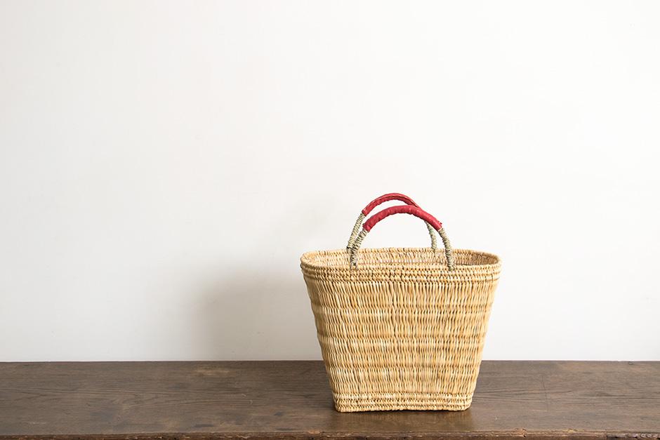 《お一人さま1点限り》 warang wayan ストローかごバッグ 台形 赤