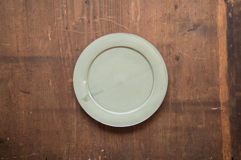 安齋新・厚子 青磁8寸段皿