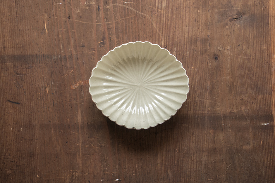 安齋新・厚子 玉子手菱形菊鉢