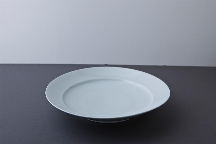"yumiko iihoshi porcelain ""with 4"" 24 plate white"