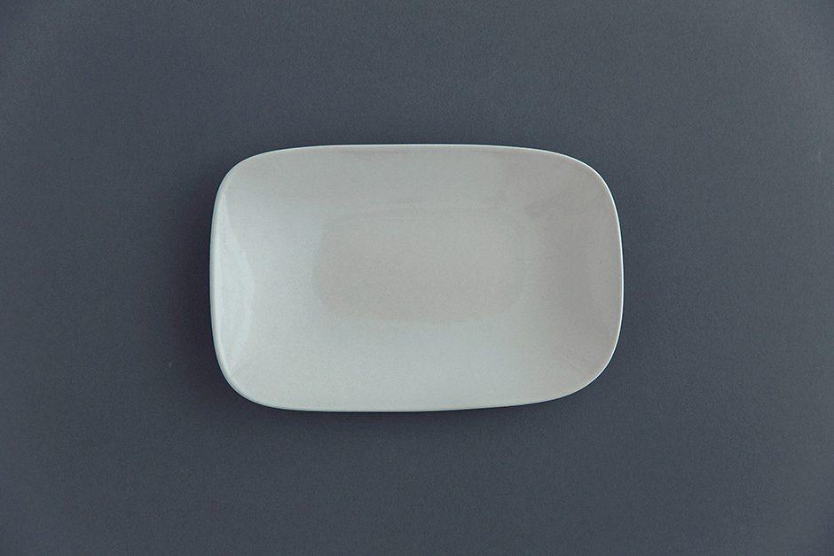 yumiko iihoshi porcelain rectangle kaku-tsuya