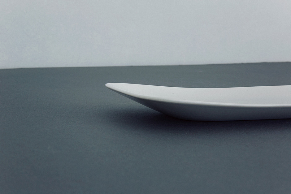 yumiko iihoshi porcelain rectangle hoso-tsuya