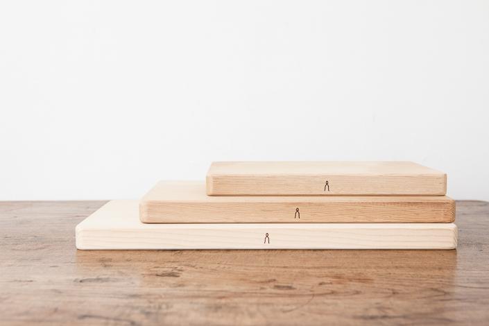 庖丁工房タダフサ 抗菌炭化木 まな板 38cm
