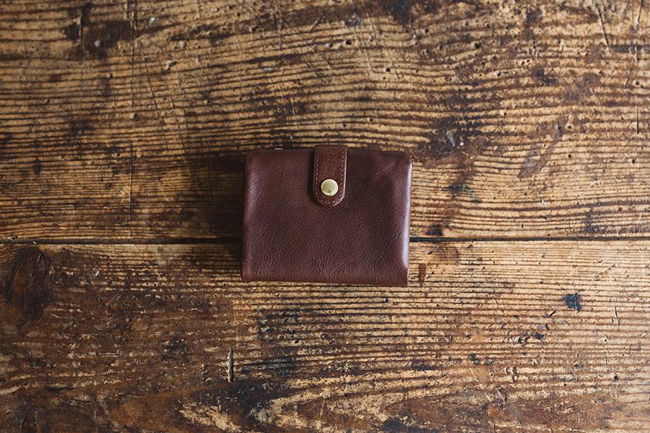 【送料無料】 CINQ 二つ折り財布