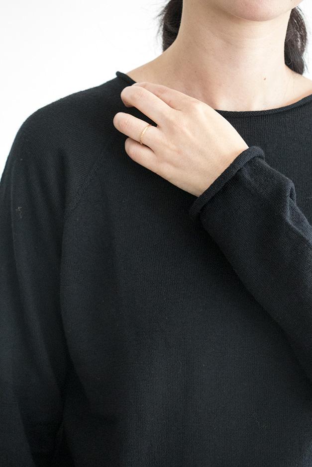 F/style ホールガーメントのウールニット 丸首(長袖)ブラック