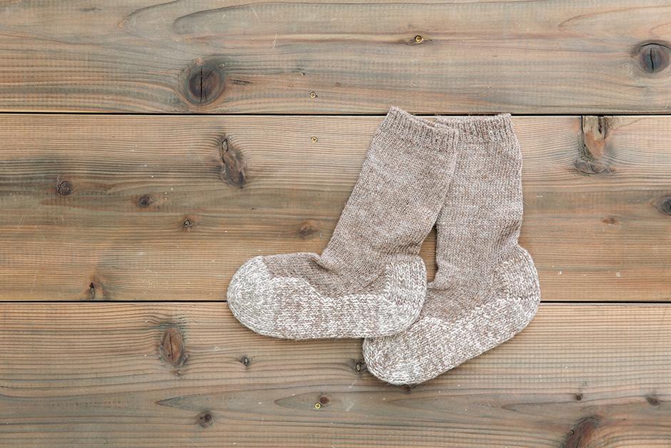 PUENTE Rueca 手紡ぎ靴下 杢ブラウン