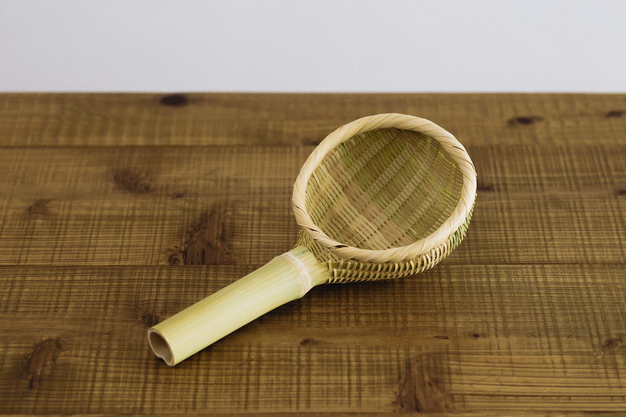 竹の味噌こし
