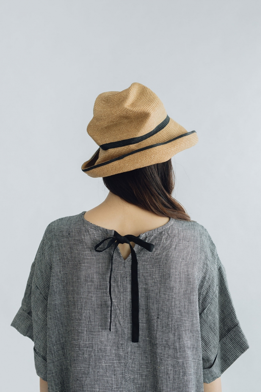 mature ha. BOXED HAT 11cm brim switch color line ミックスブラウン×ブラック