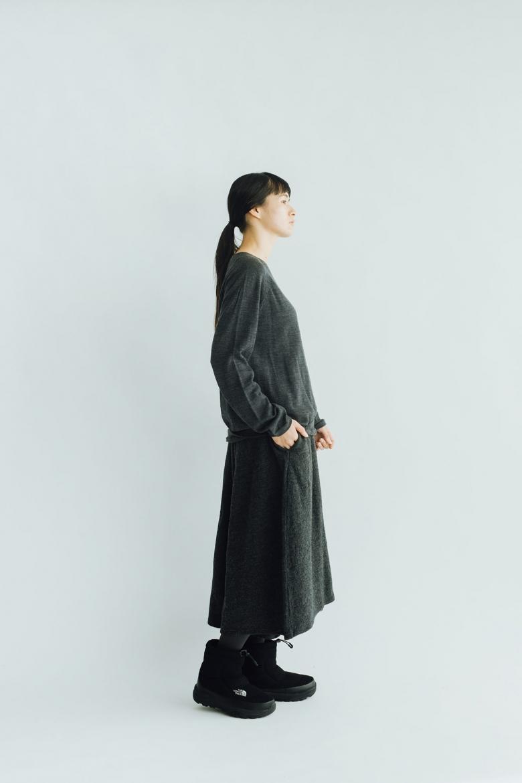 F/style ホールガーメントのウールニット 丸首・長袖 / ユニセックス