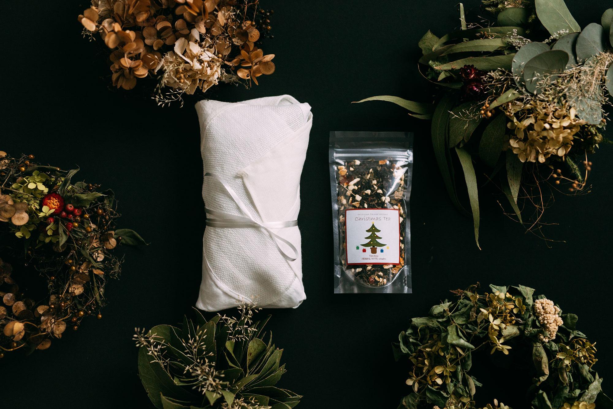 【11月26日販売開始】 Adansonia クリスマスBOX A (Adansonia シュトレン / tsumugi リース or ブーケ / Tateshina HERBAL NOTE simples クリスマスティー)