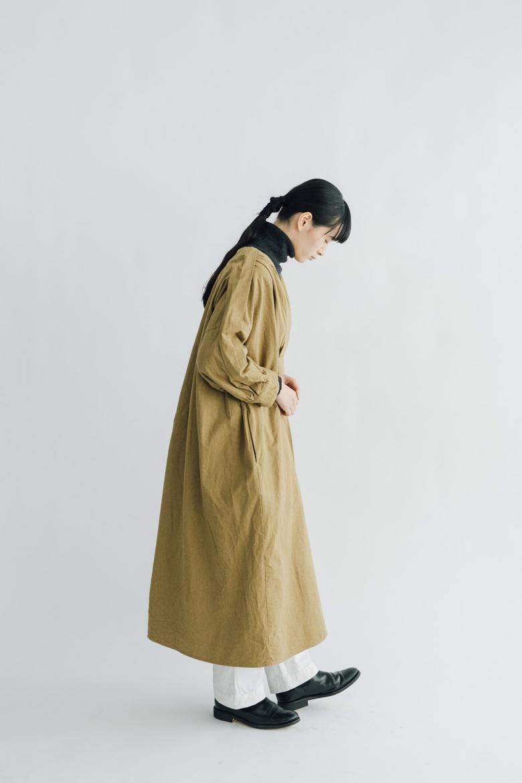 UNIVERSAL TISSU 起毛ツイル タックワンピース