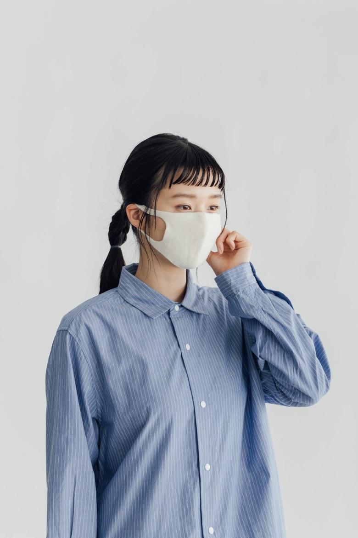 くらすことのやさしいシルクマスク