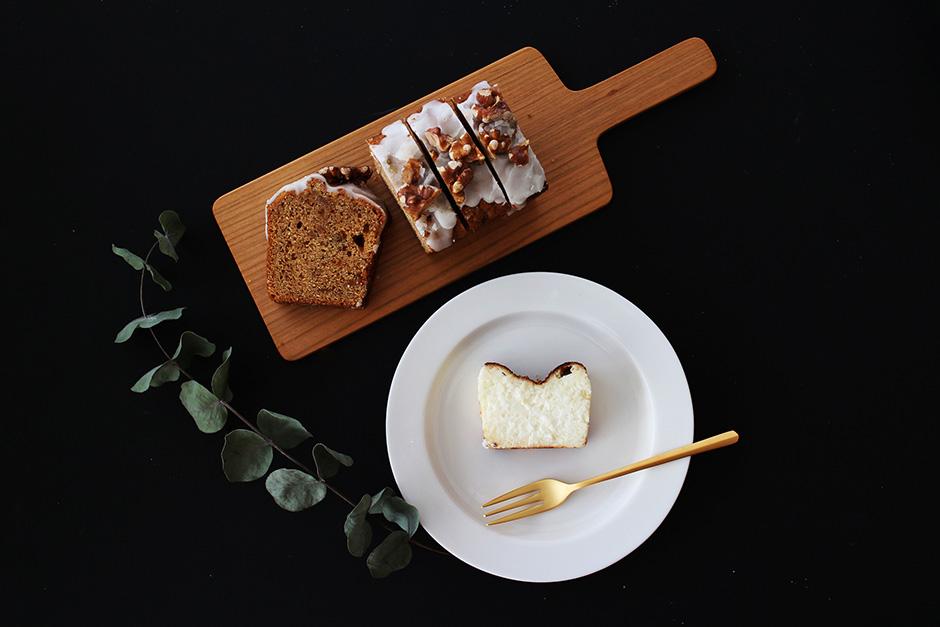 【12月16日12:00〜販売開始】 jingoro クリスマスBOX B (jingoro チーズケーキとキャラメルばななケーキ / teteria 紅茶 / 山口和宏 チーズボード)