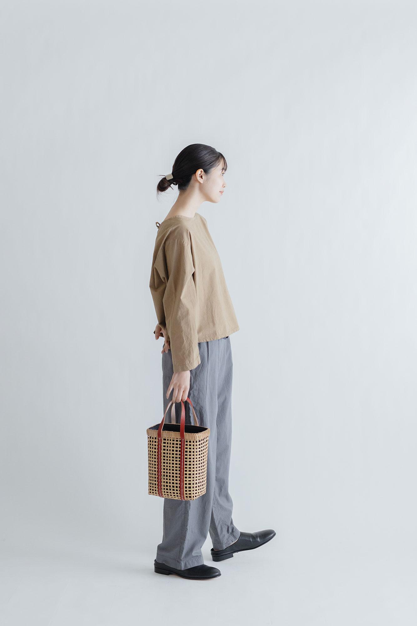 warang wayan ami ami 四角バスケット 赤(S)