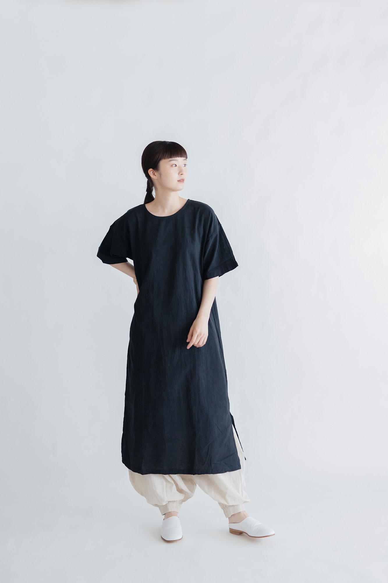 ヂェン先生の日常着 半袖ワンピース ブラック
